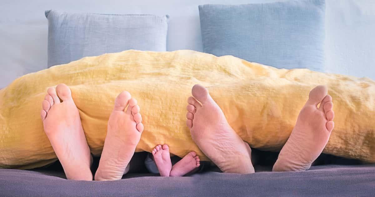 家族の足の写真